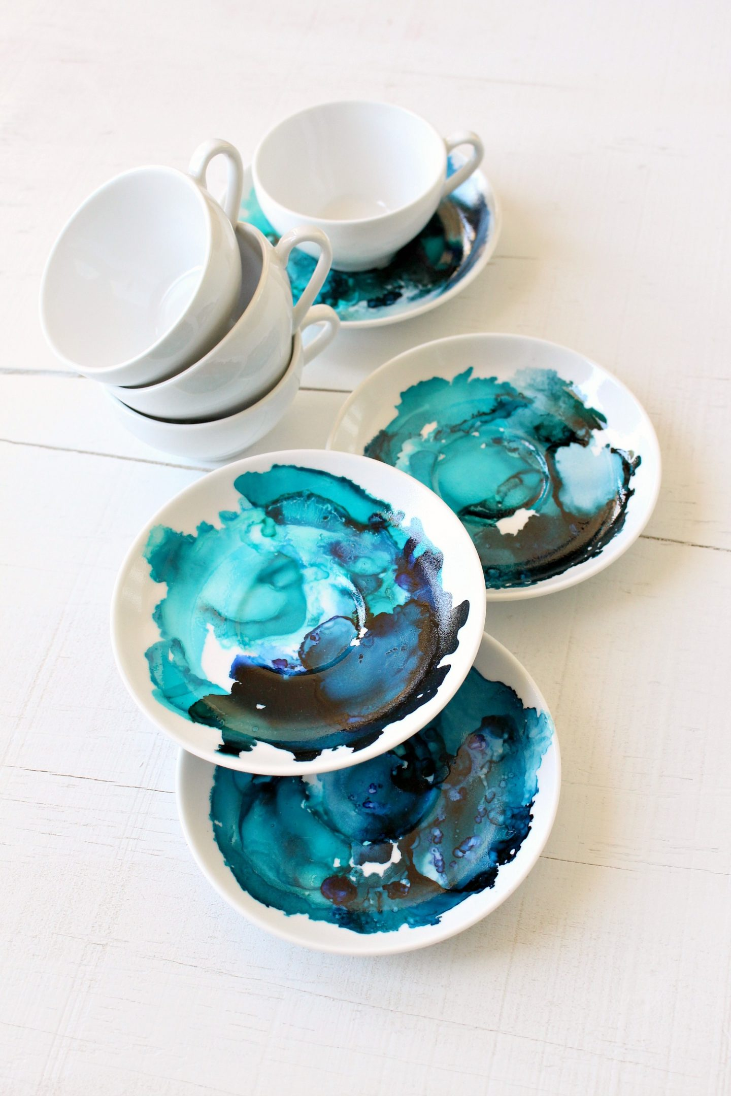DIY marbled coffee set