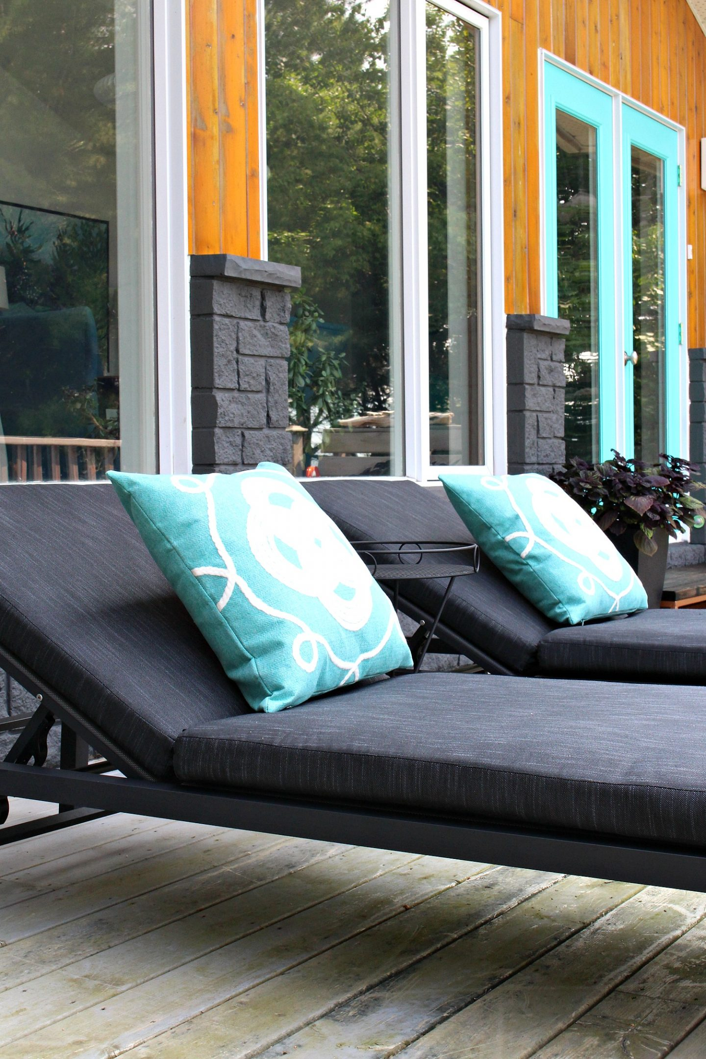 Modern Black Patio Loungers