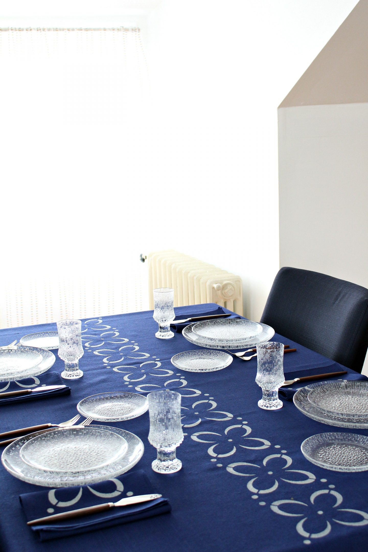 DIY Stenciled Fabric Table Cloth