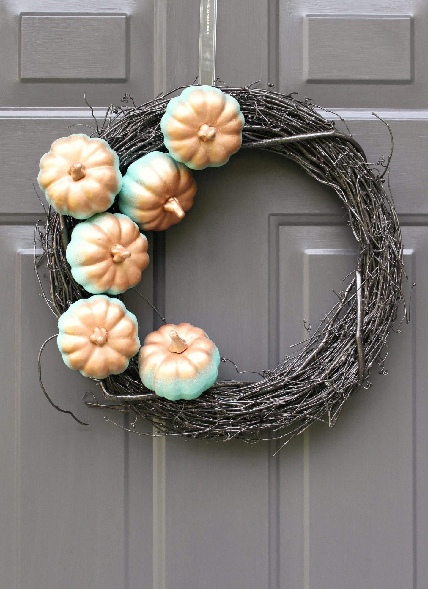 Minimalist Fall Wreath DIY