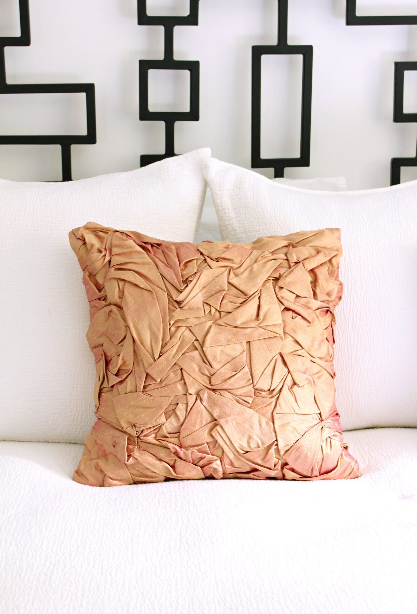 DIY folded silk pillow tutorial