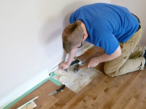 HOW TO REPLACE DAMAGED FLOOR BOARDS