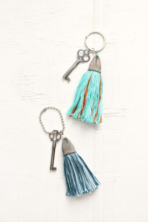 DIY EMBROIDERY FLOSS TASSEL KEY CHAINS