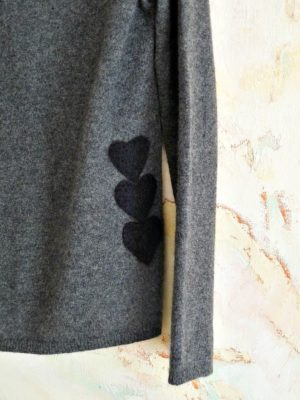 NEEDLE FELTED SWEATER APPLIQUE DIY TUTORIAL