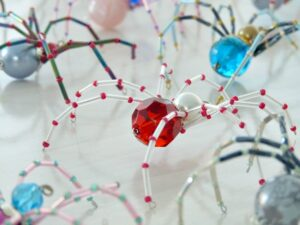 DIY CHRISTMAS SPIDER ORNAMENT TUTORIAL