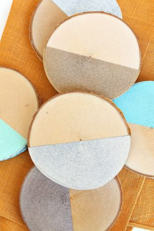 DIY DIPPED BIRCH SLICE COASTERS