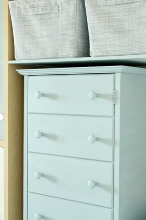 DIY CHALK PAINT CABINET MAKEOVER