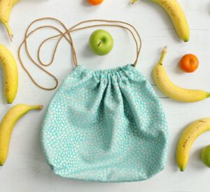 EASY DRAWSTRING LUNCH BAG