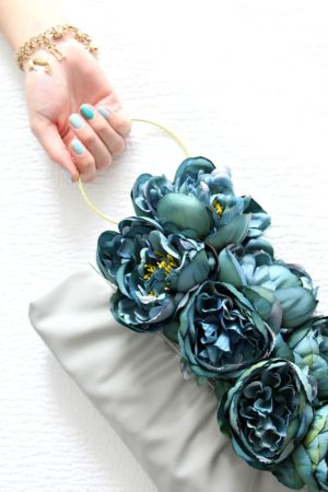 FAUX FLOWER PURSE