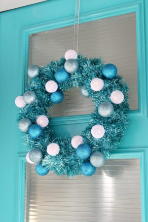 DOLLAR STORE RETRO INSPIRED TINSEL WREATH