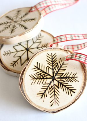 DIY WOOD BURNED BIRCH SLICE TREE ORNAMENT