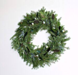 NATURAL DIY EVERGREEN WREATH