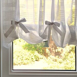 DIY FAUX ROMAN BLIND SHEERS FOR AWKWARD WINDOW