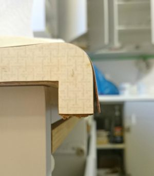 HOW TO REPAIR CHIPPED AND PEELING LAMINATE COUNTERS