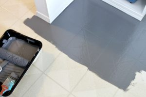 HOW TO PAINT A VINYL FLOOR