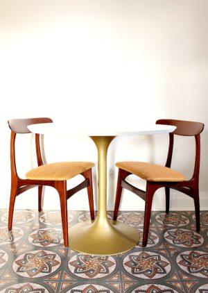 TULIP TABLE HACK