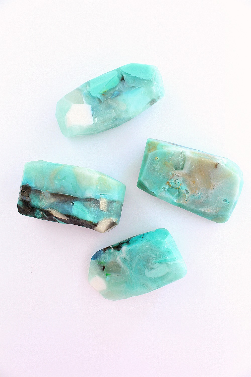 DIY Gemstone Soap | 15 Beautiful Handmade Mother's Day Gift Ideas