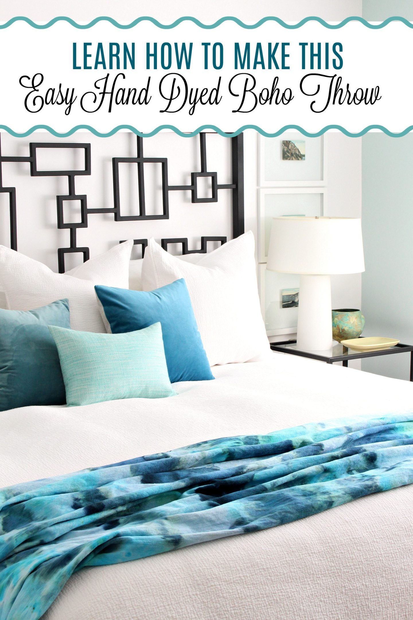 Beachy DIY Ice Dye Throw Blanket | How to Ice Dye #icedye #diydyeing #howtodyefabric #beachdecor #bohohomedecor #bluebedroom