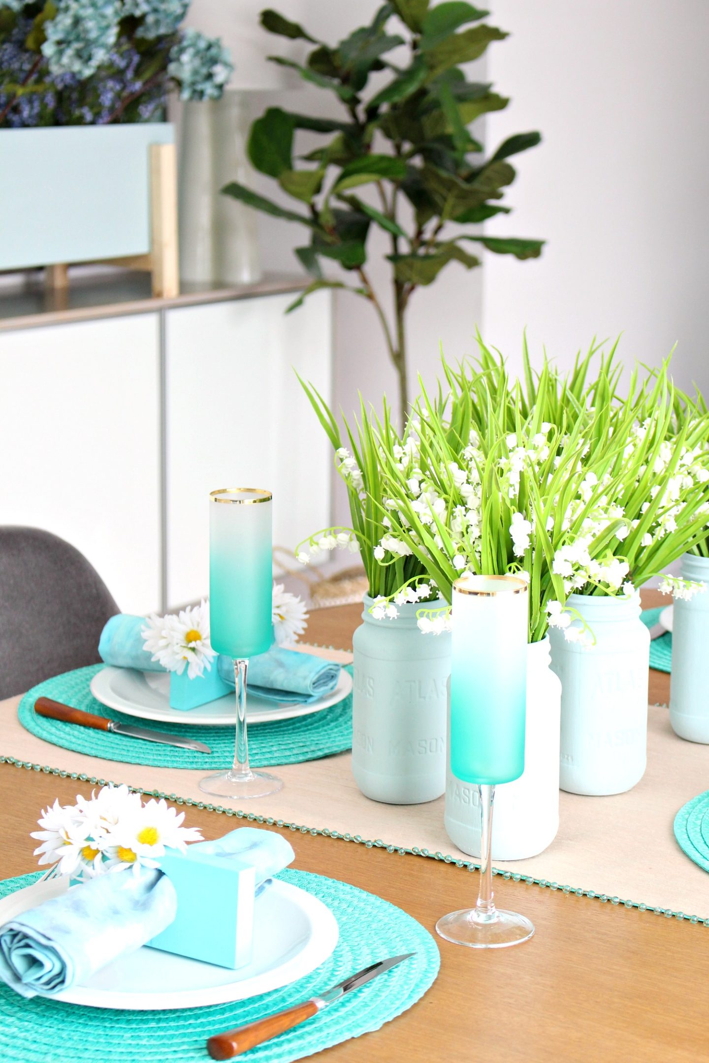 Turquoise Spring Tablescape + Dining Room Decor
