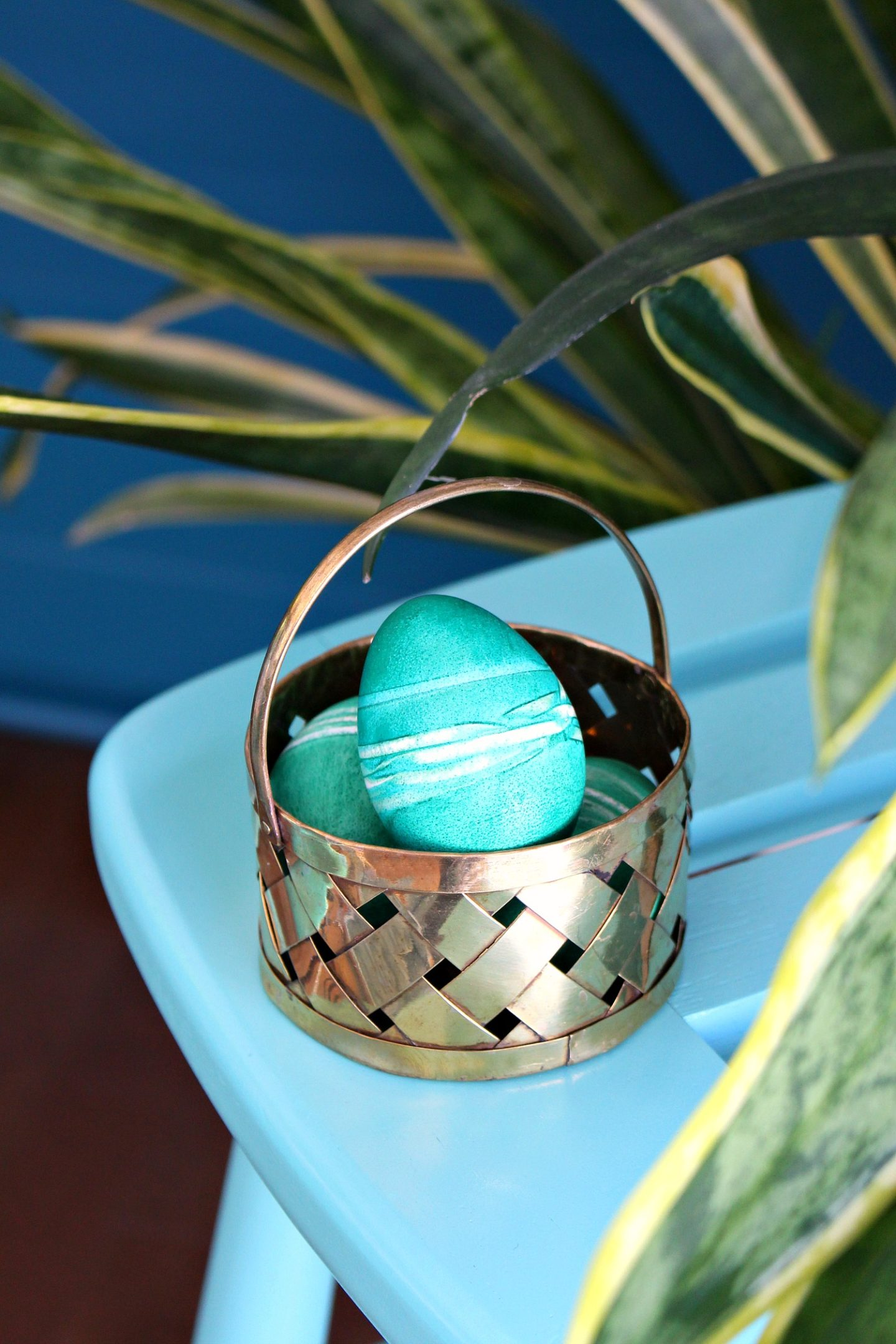 Rubber Band Easter Eggs | Last Minute Easter Egg Dyeing Idea
