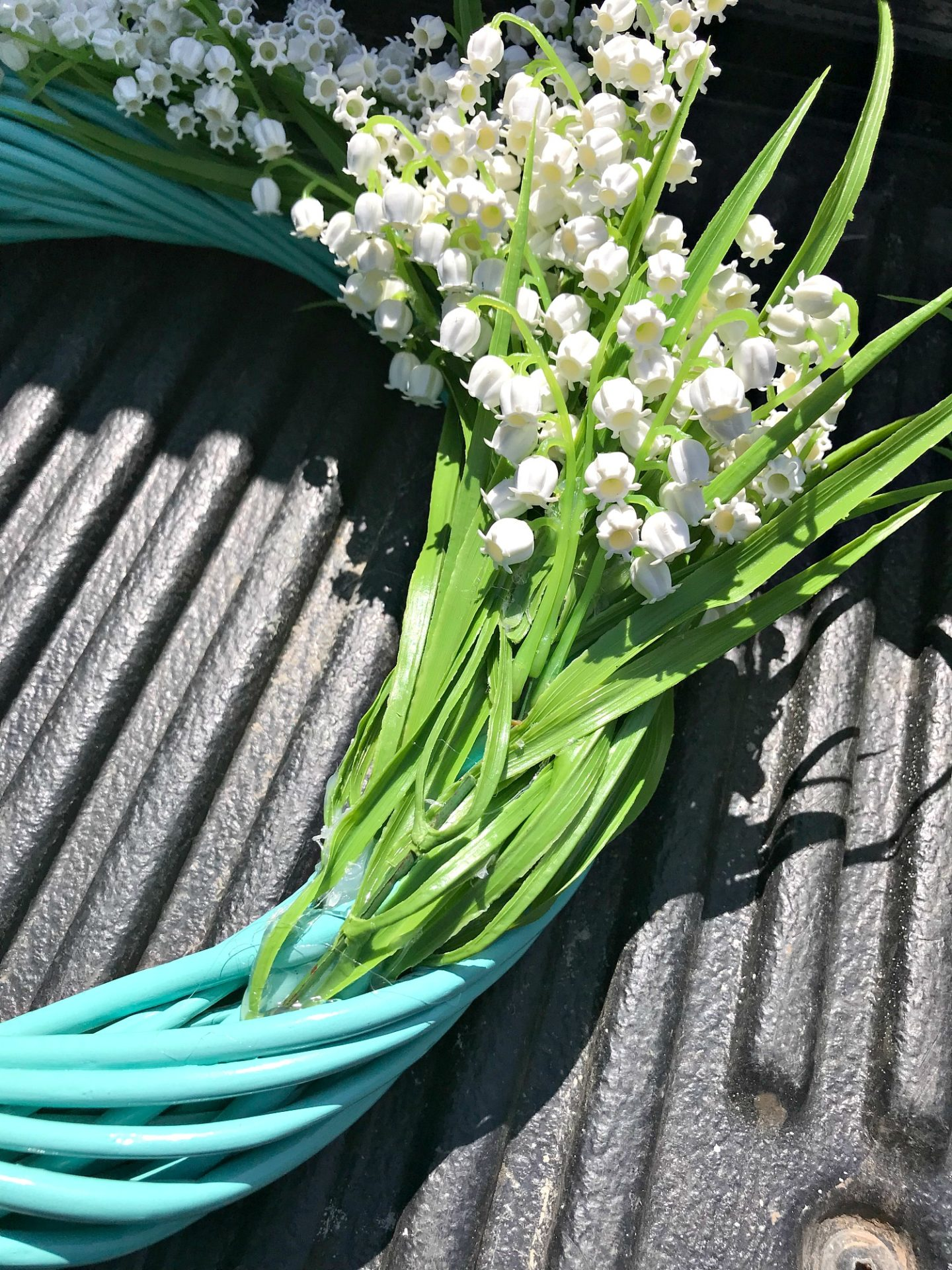 How to Make an Easy DIY Faux Flower Wreath | Turquoise Lily of the Valley Wreath