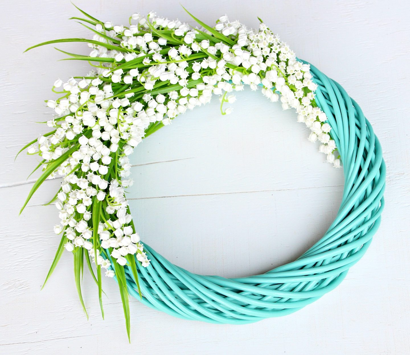 Easy DIY Faux Flower Wreath | Turquoise Lily of the Valley Wreath