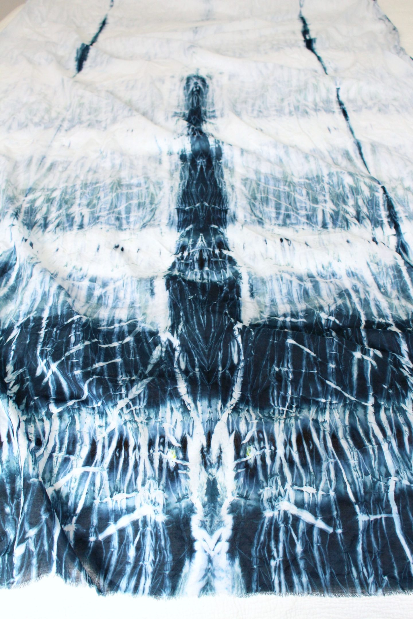 DIY Shibori Pole Dyeing Experiment | How to Dye Fabric with Pole Dyeing Method