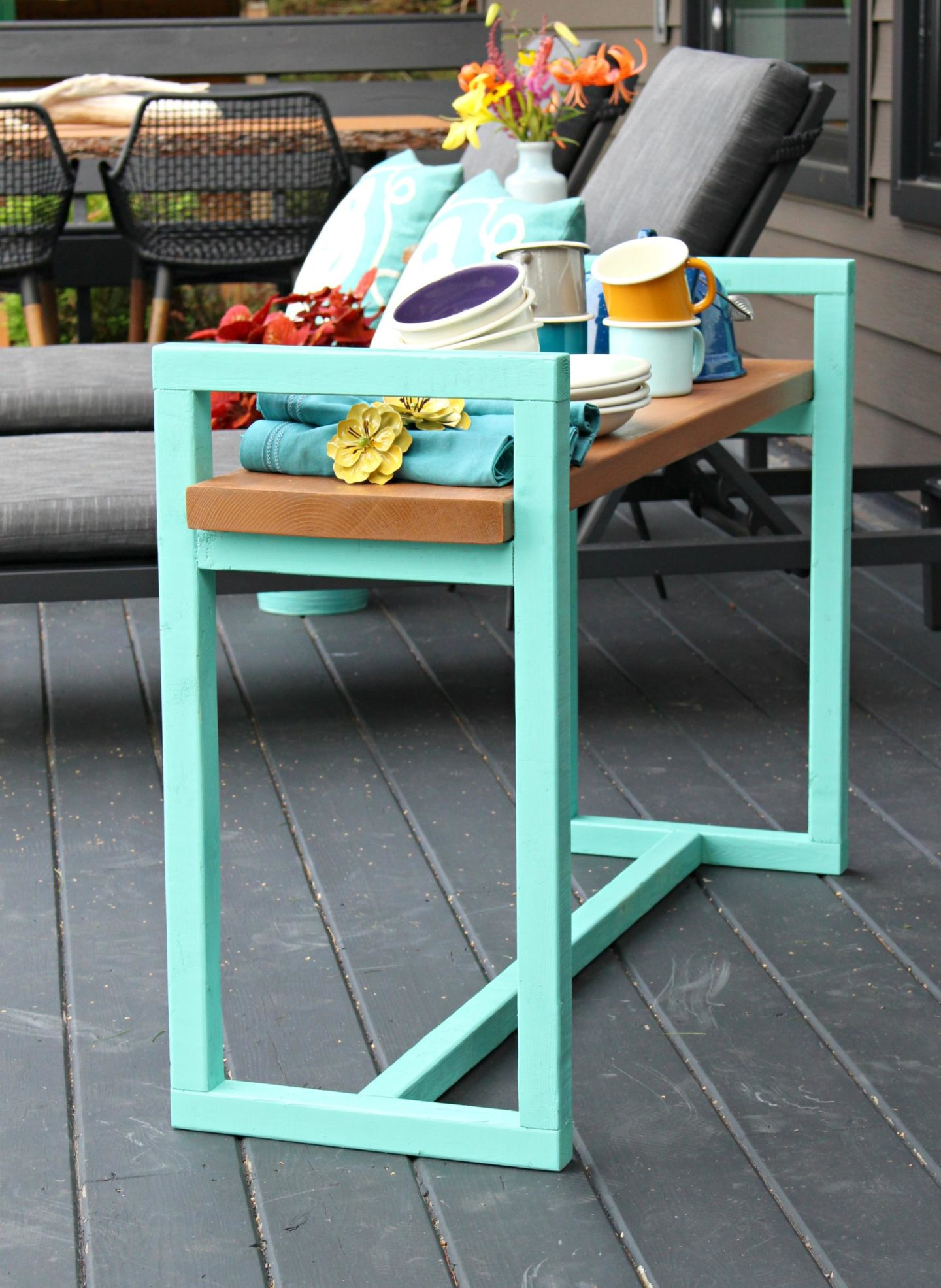 Beginner DIY Wood Bench Project for Outdoors | Easy DIY Bench with Minimal Tools (Sponsored by The Home Depot Canada)
