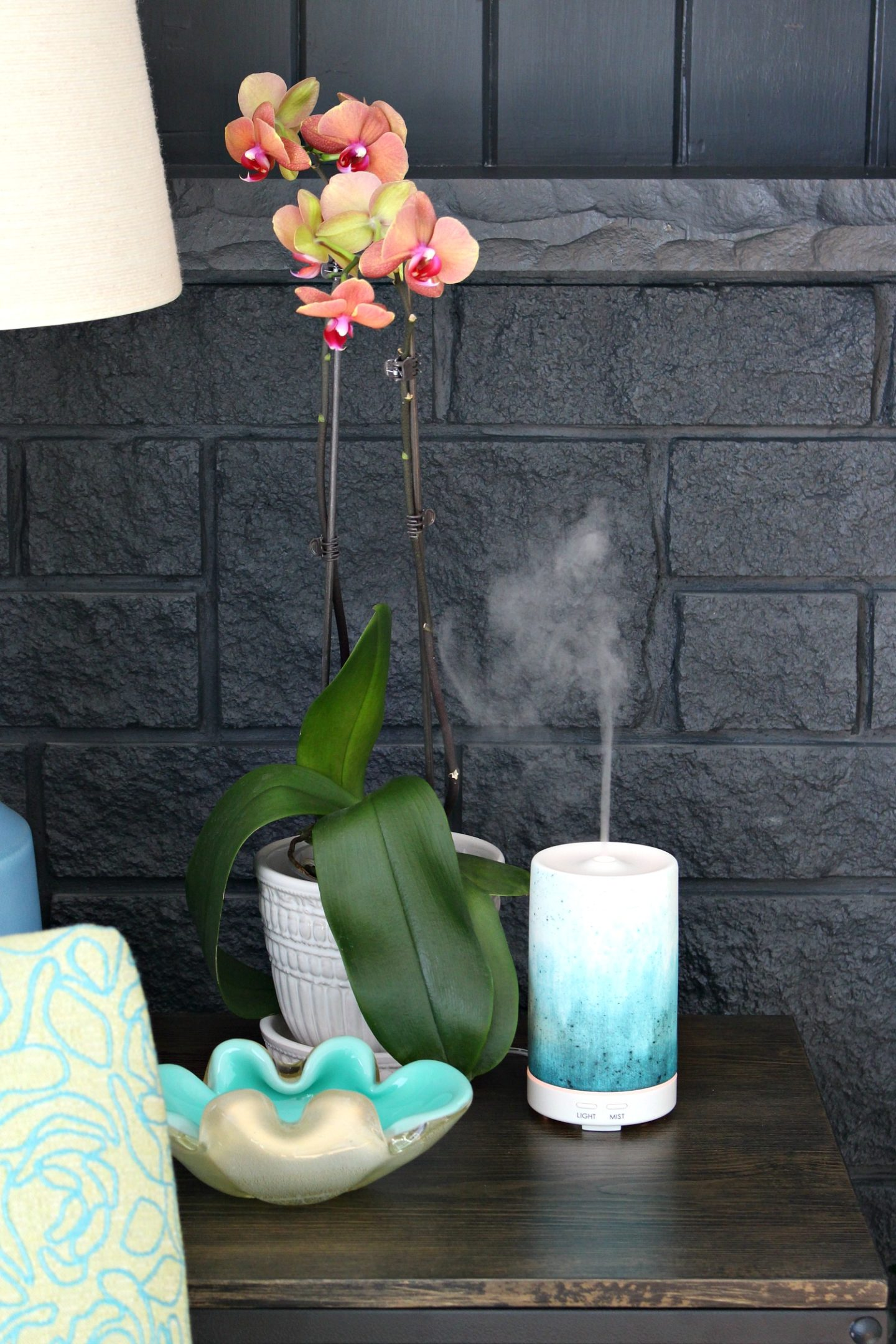 My Teal Ceramic Essential Oil Diffuser | 15+ Modern Essential Oil Diffusers