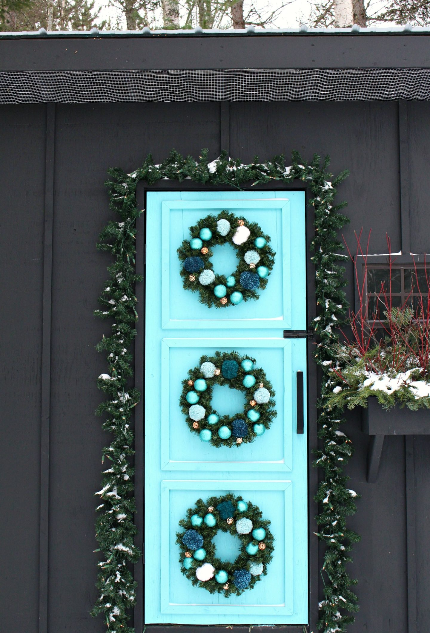 Easy DIY Pom Pom Wreath + My Holiday Chicken Coop Decor