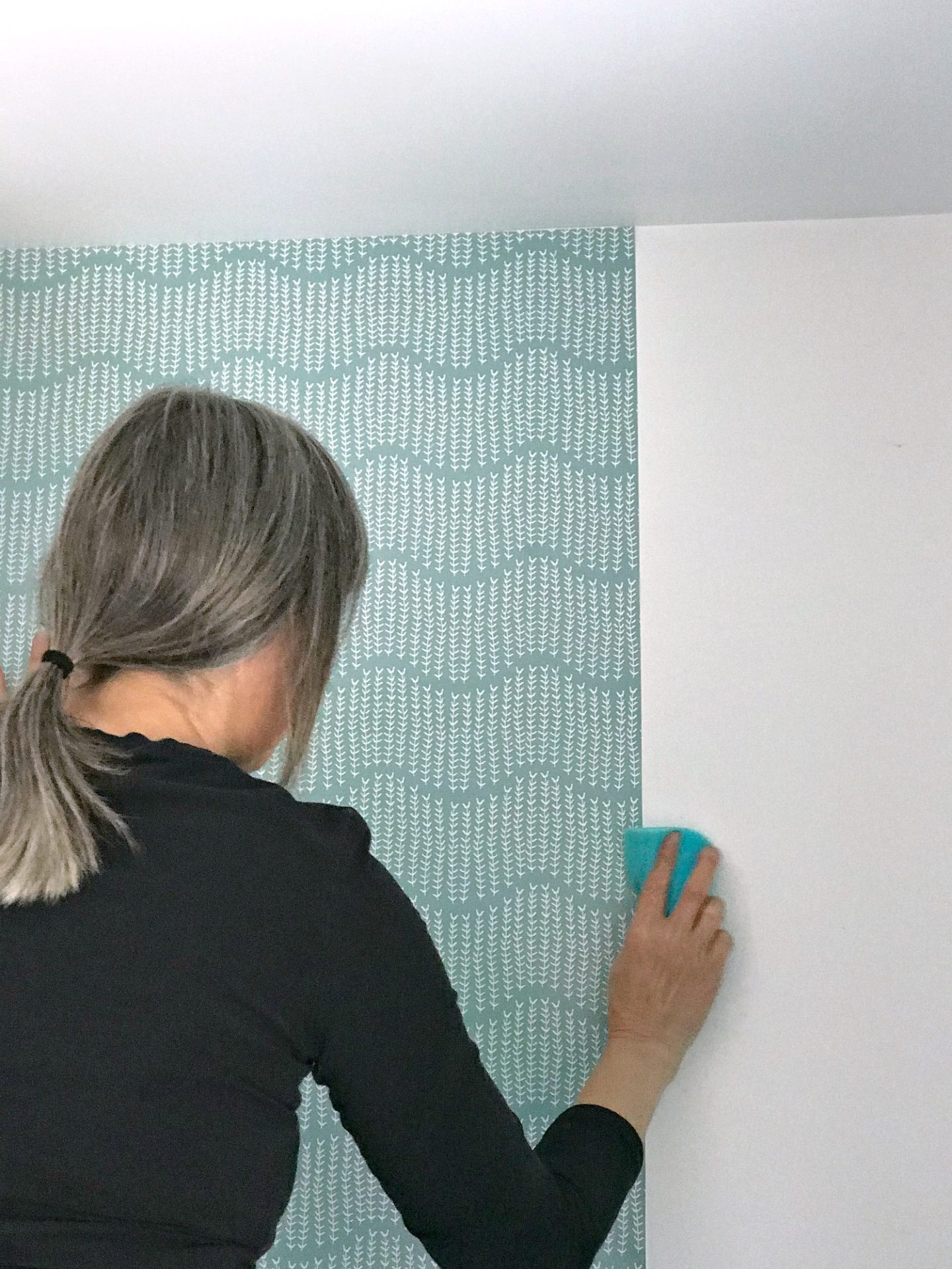 DIY Wallpapering for the First Time - Tips and Tricks