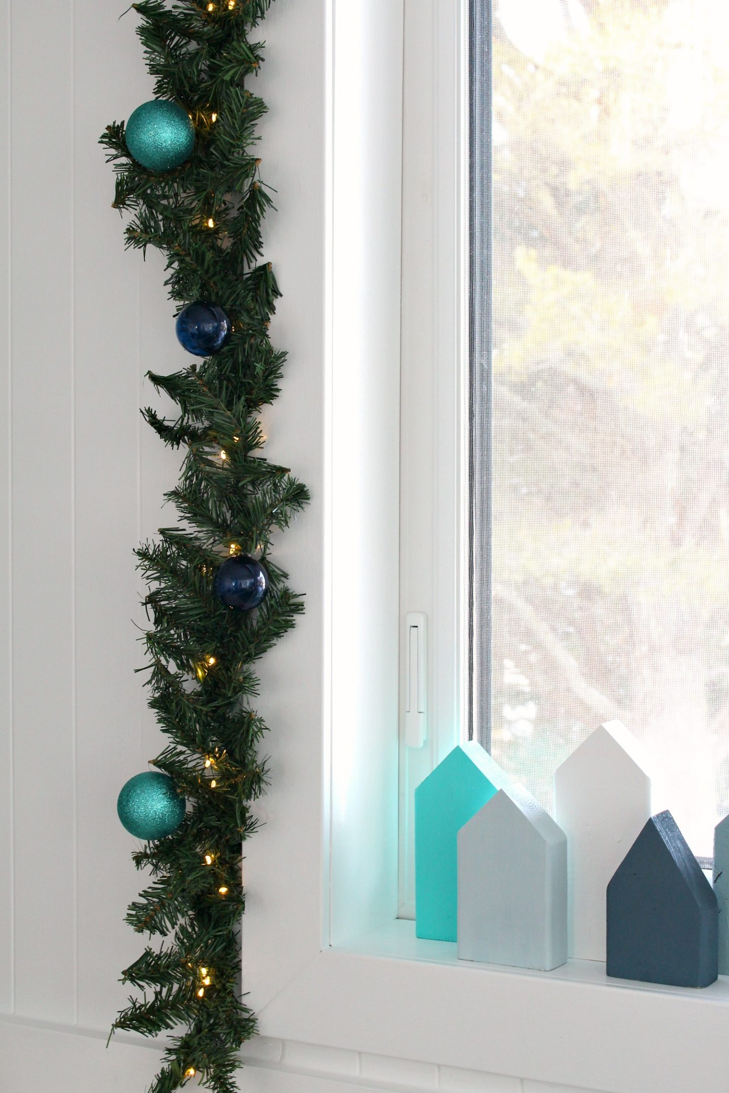 Dollar Store Garland DIY Project