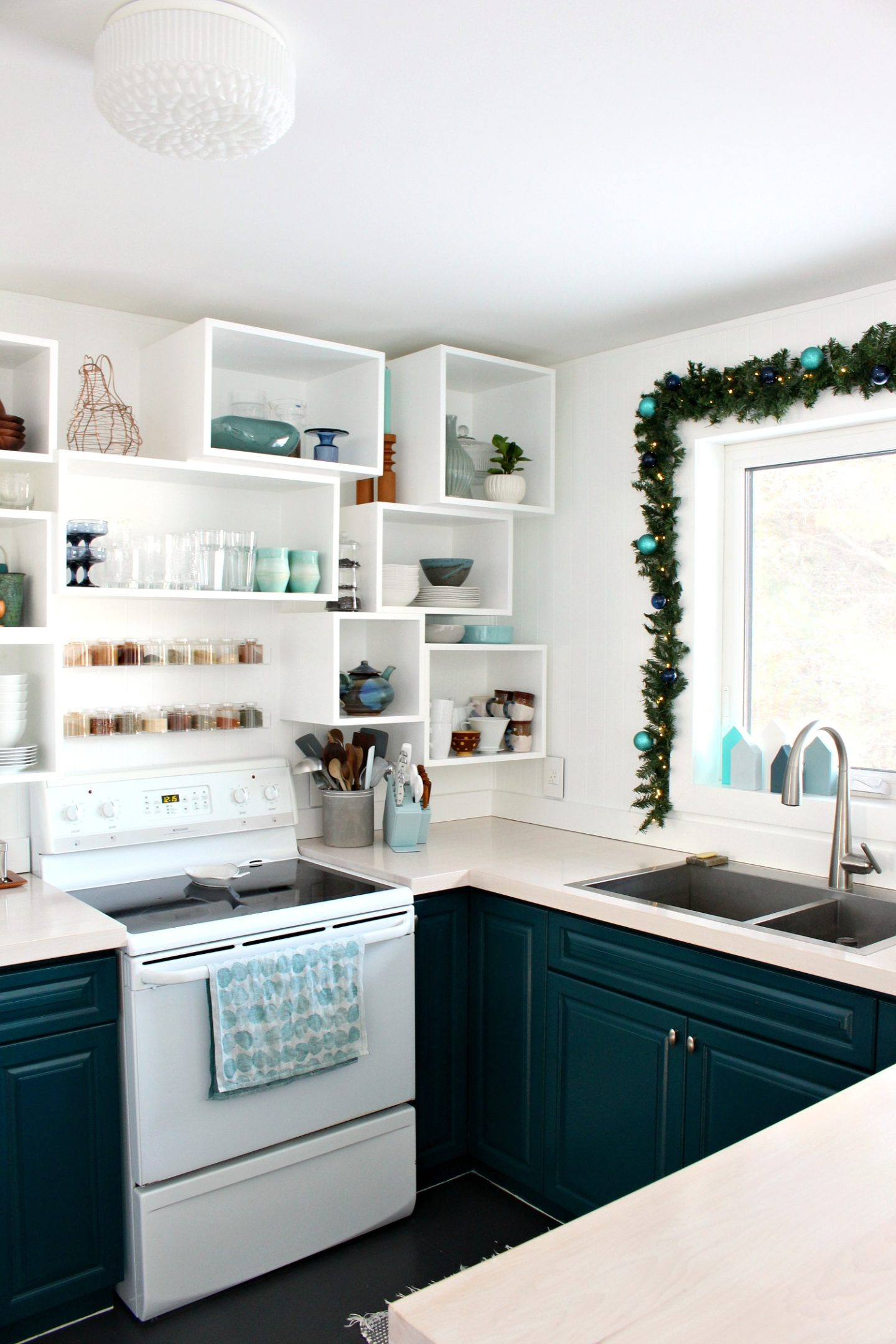 Kitchen Christmas Decor Ideas