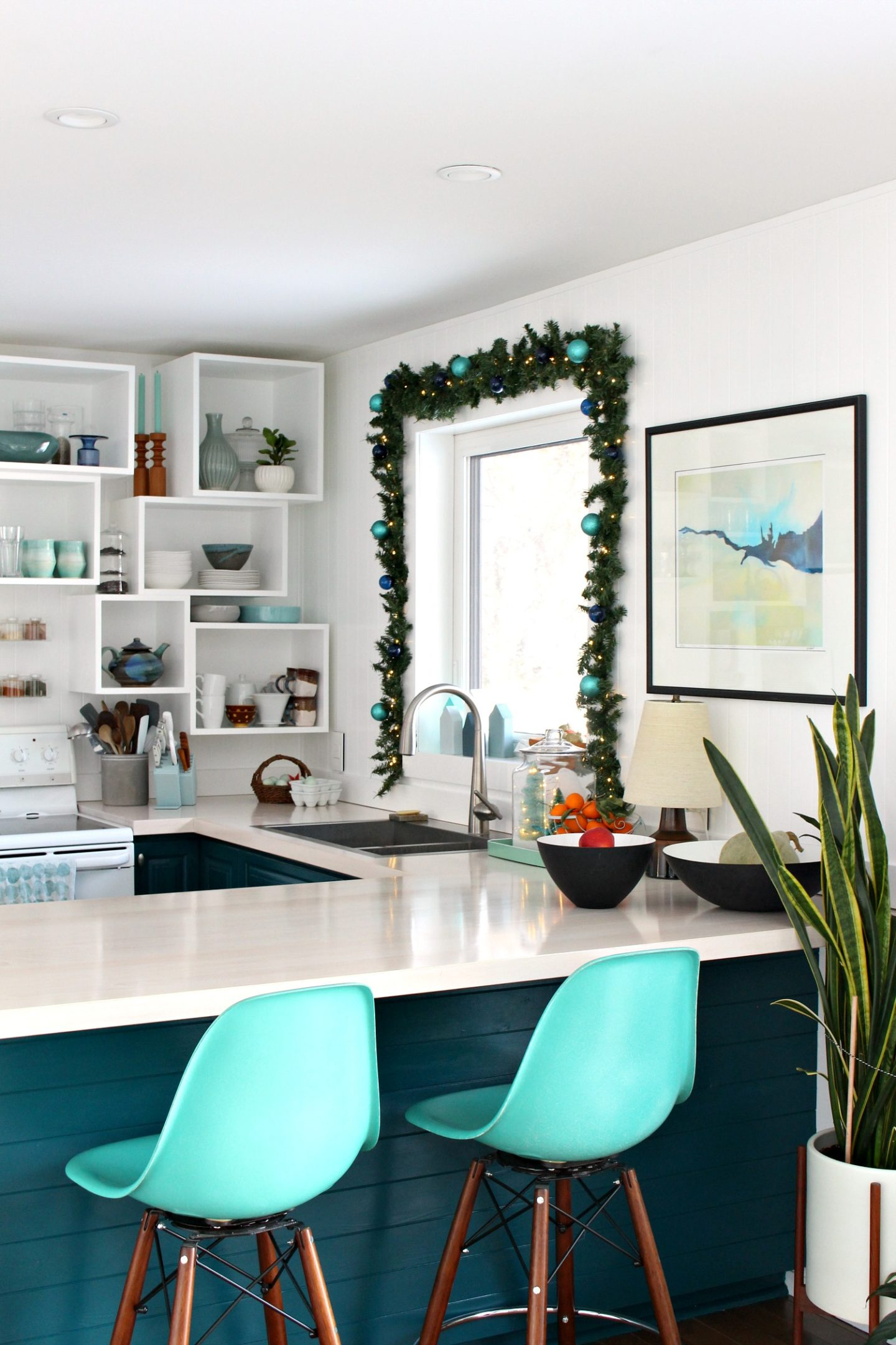 DIY Garland Around Kitchen Window