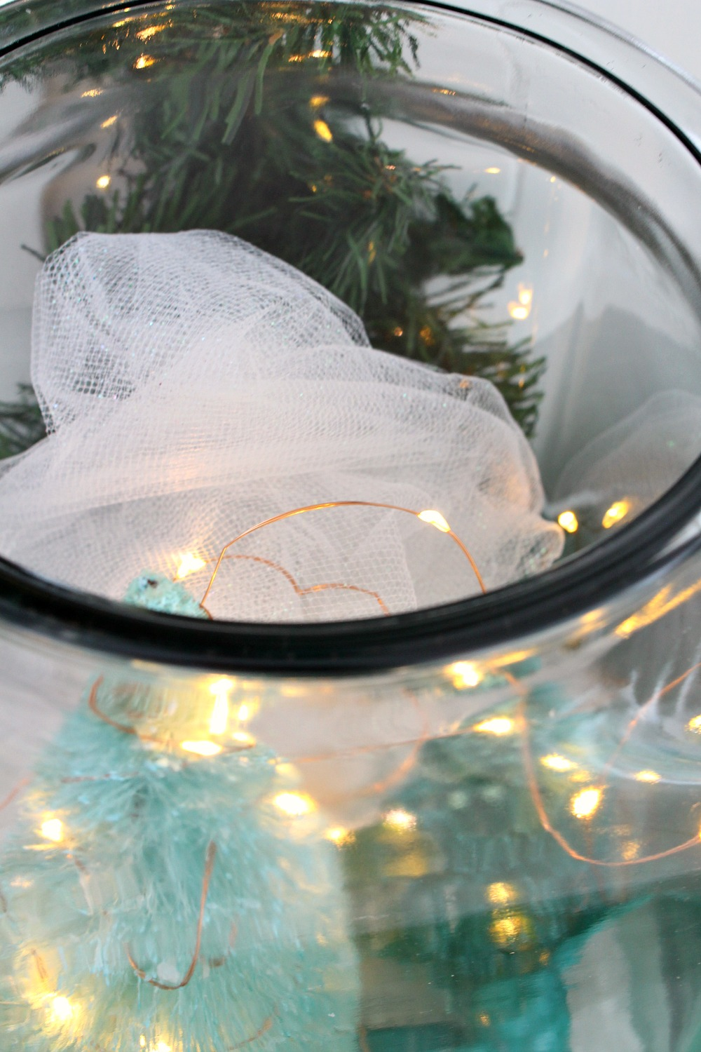 Glass Jar Holiday Scene DIY