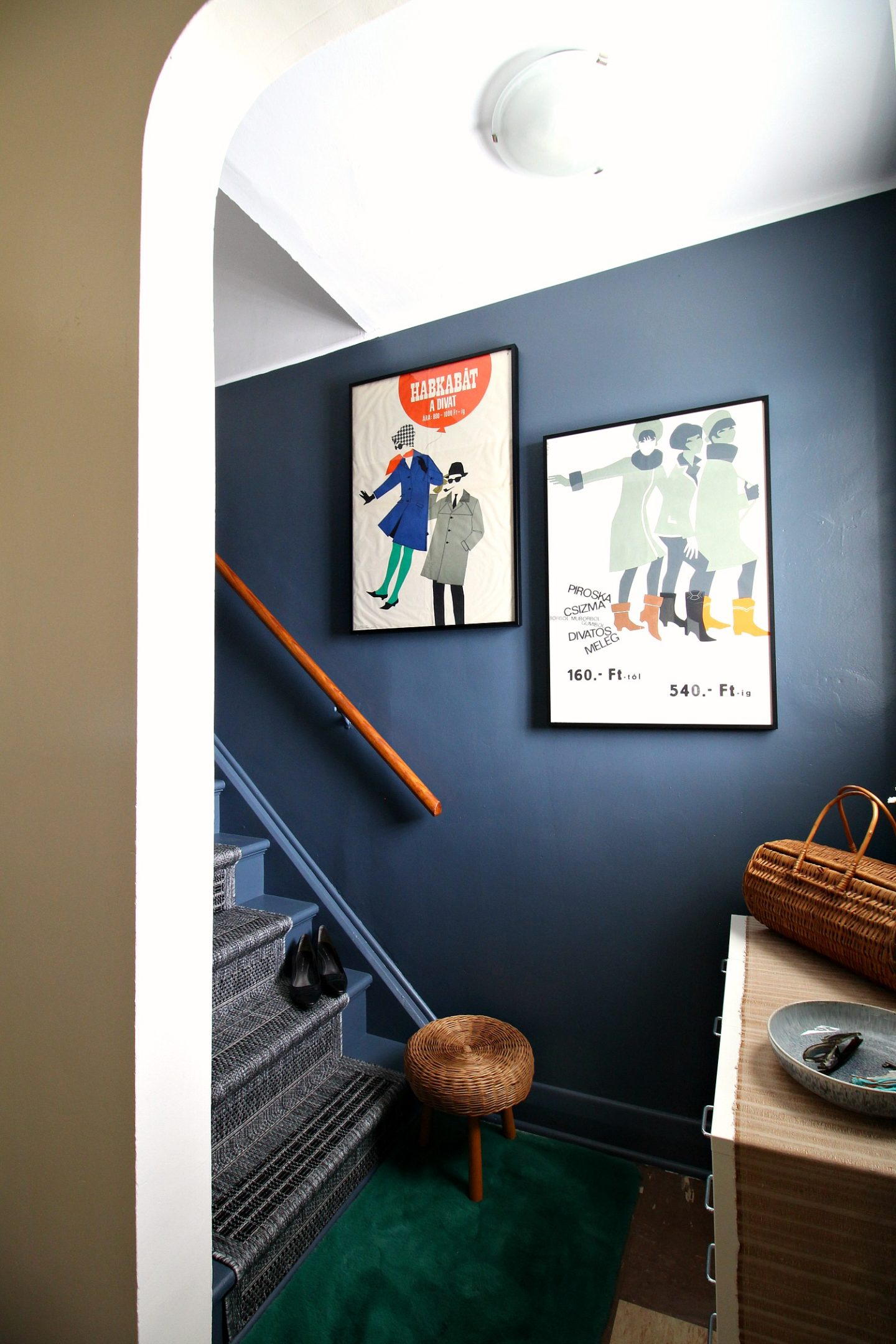 Budget-Friendly DIY Stairwell Makeover