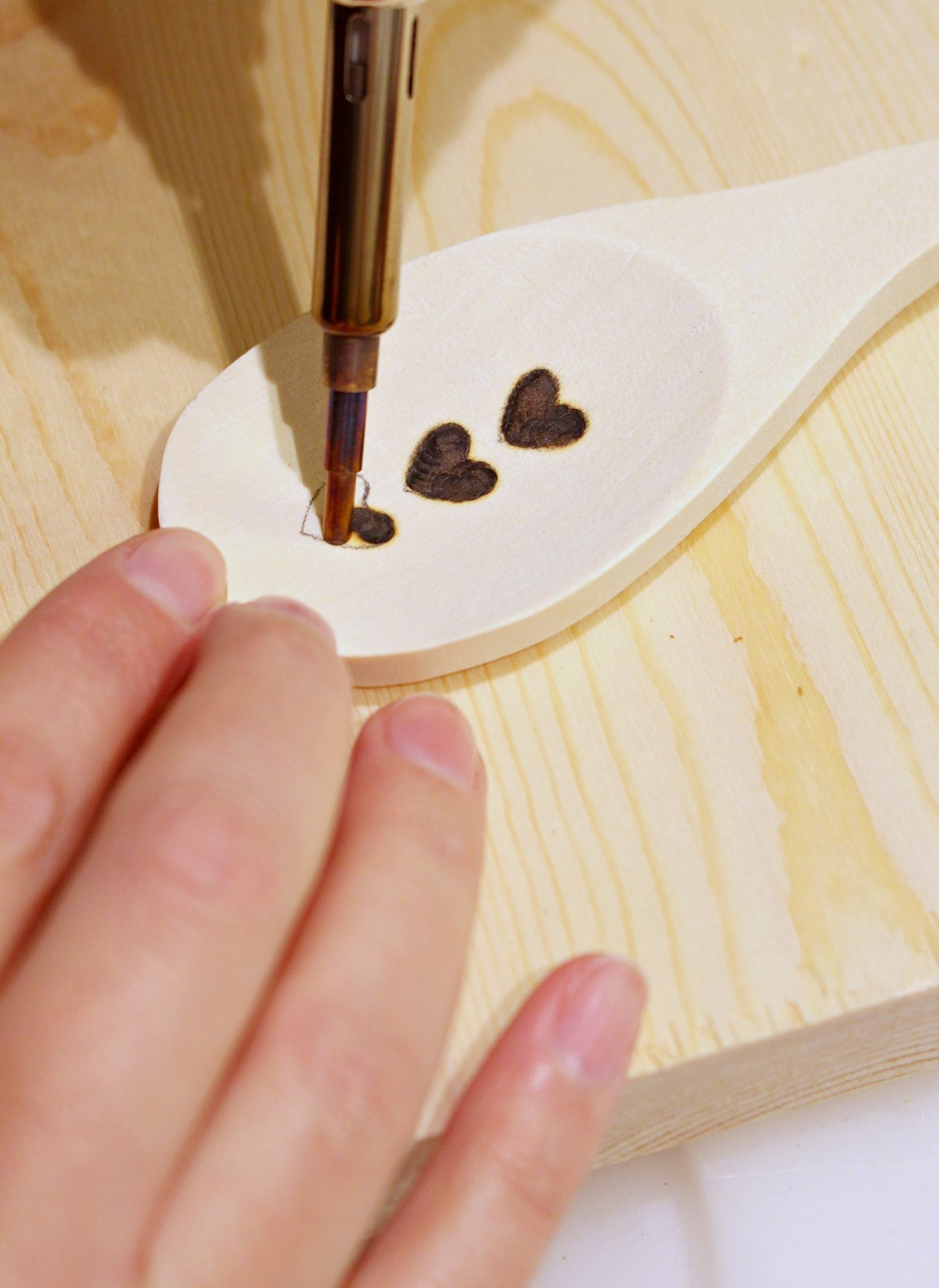 DIY Wood Burned Spoon Tutorial