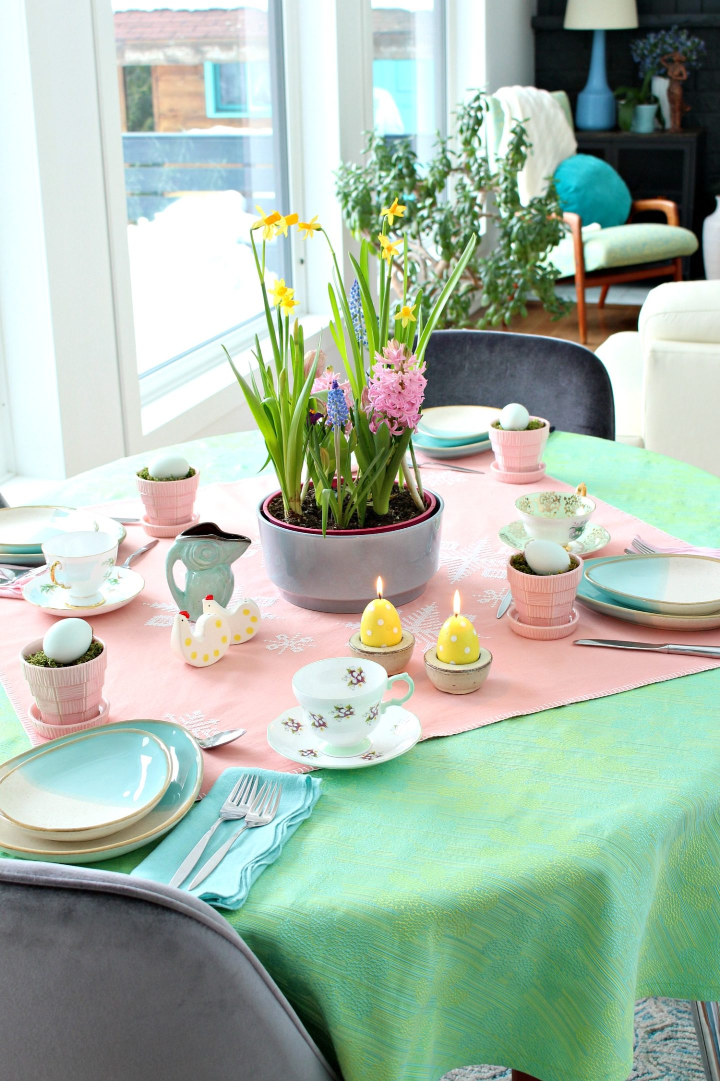 spring tabletop decor inspiration