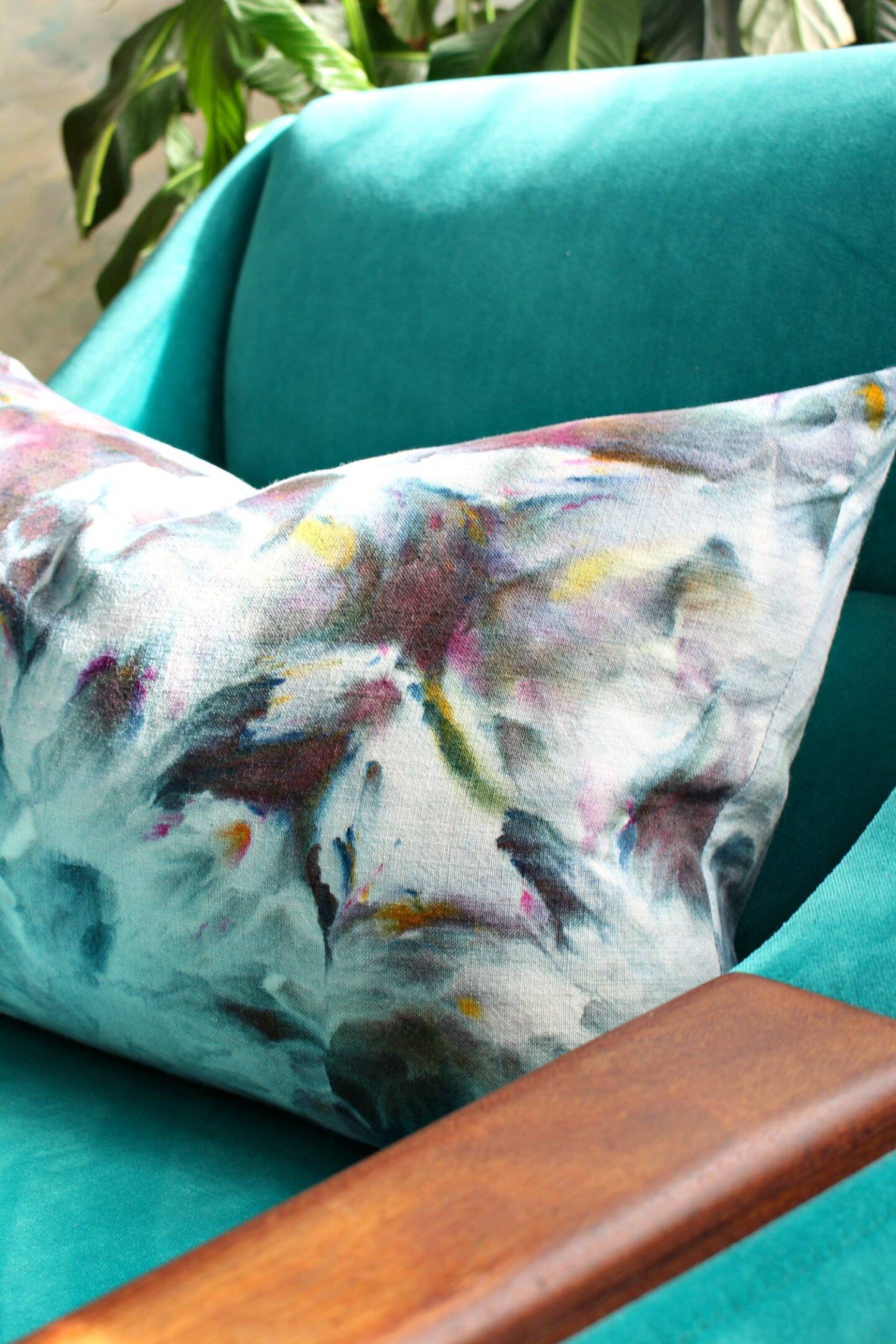 DIY ICe Dyed Pillow