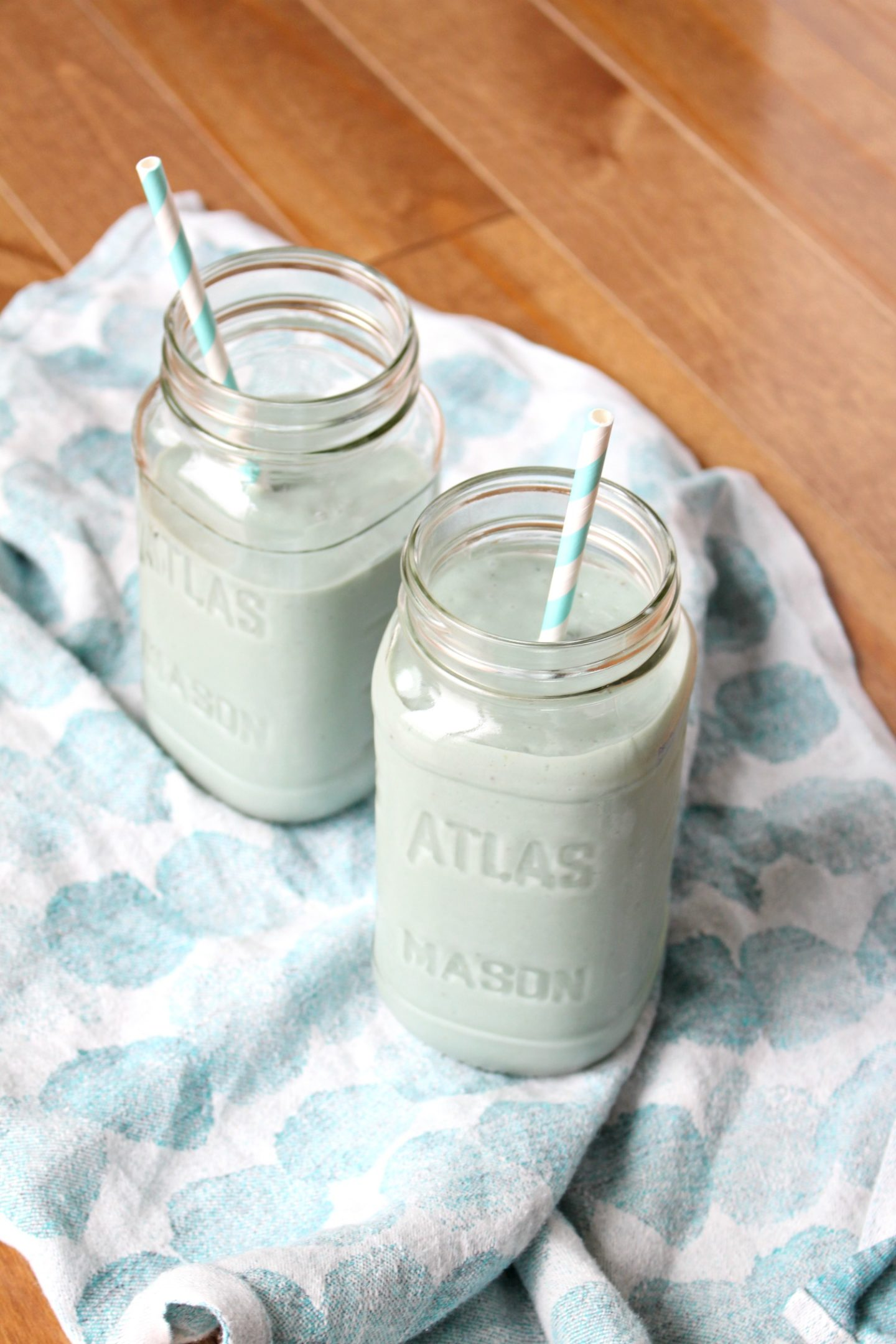 Avocado and Blue Majik Smoothie Recipe