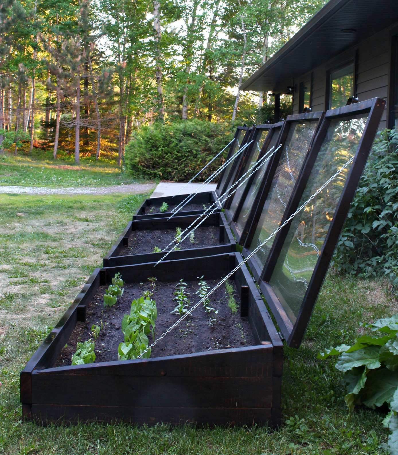 How to Build a Garden Bed with a Lid