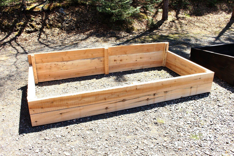 Easy Garden Bed DIY