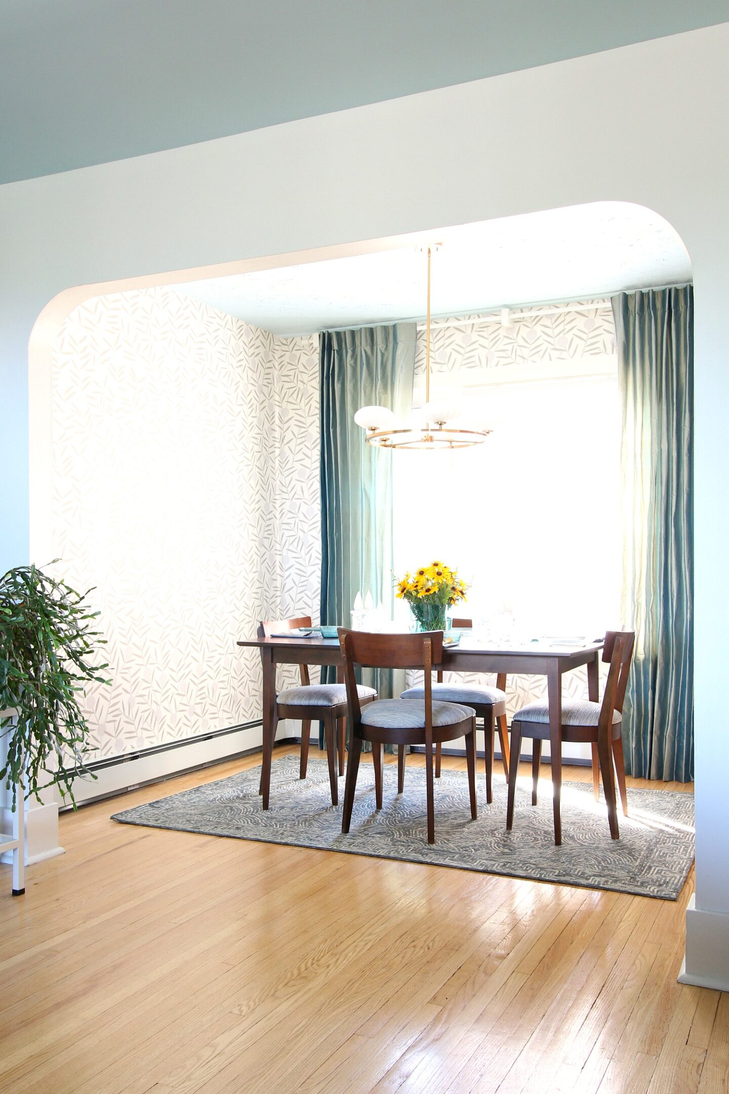 Mid-Century Modern Inspired Dining Room Makeover