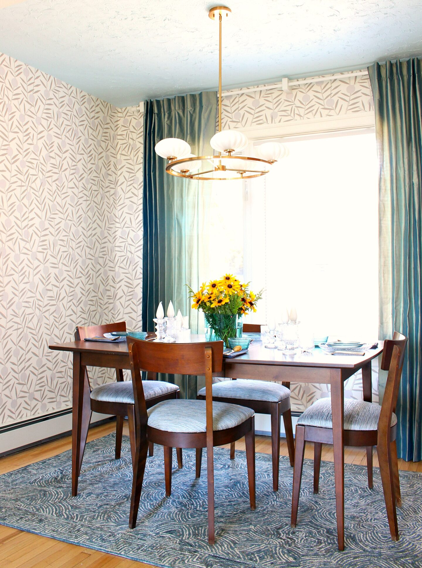 Modern Vintage Dining Room Makeover