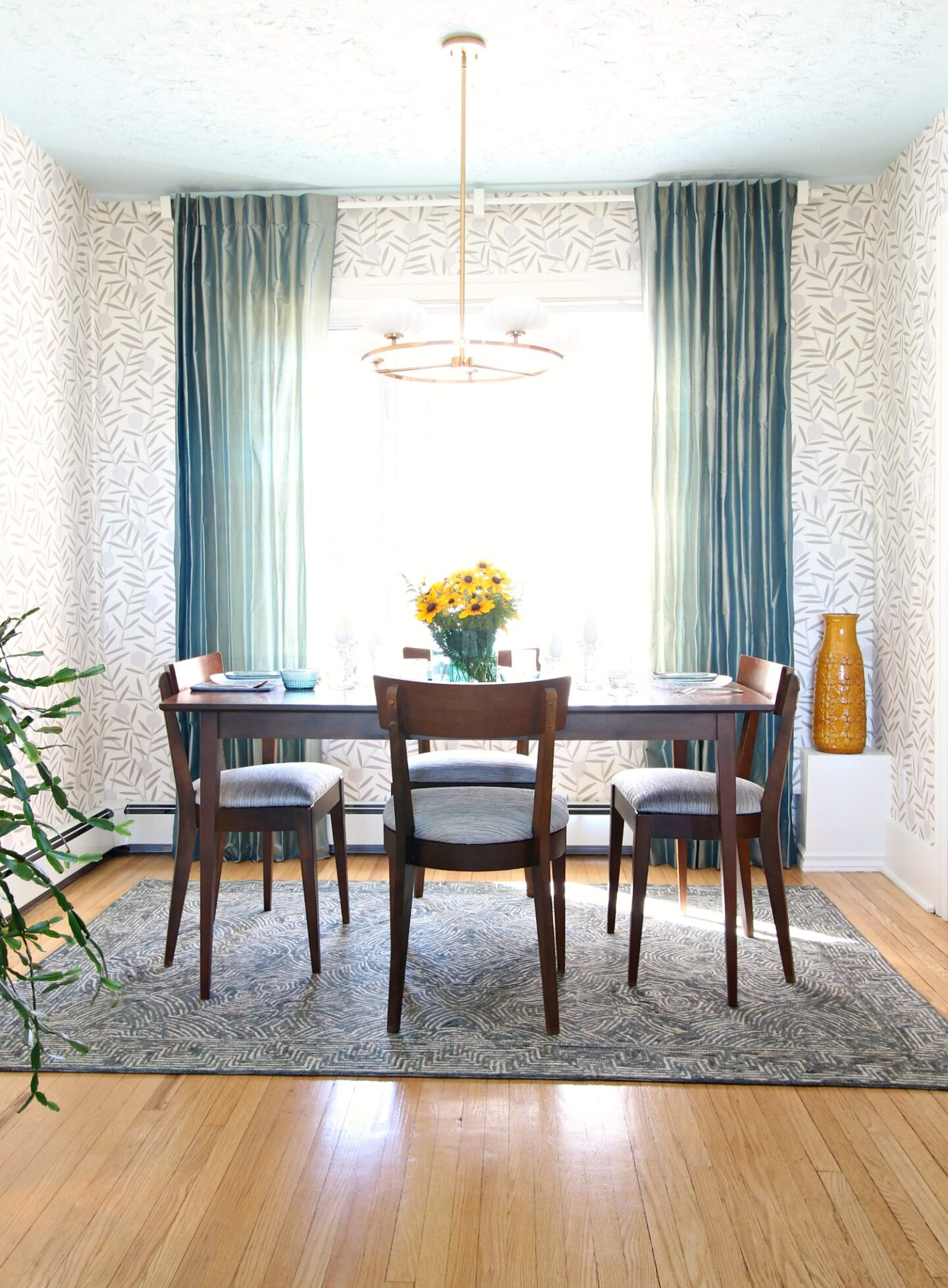 Glam Vintage Dining Room Makeover