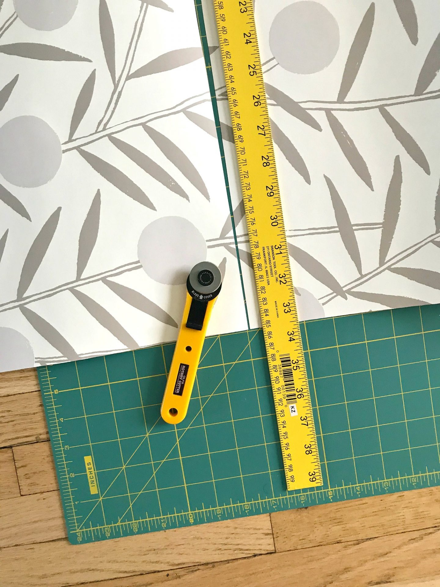 Wallpaper Cutting Tools