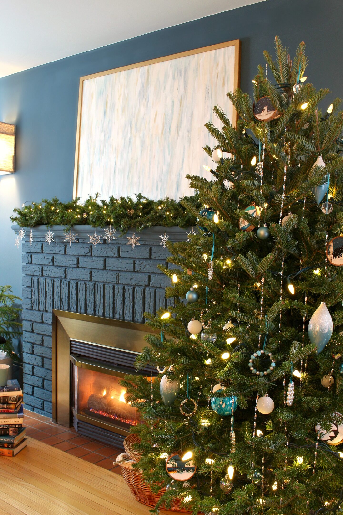 Blue and White Christmas Tree Decor