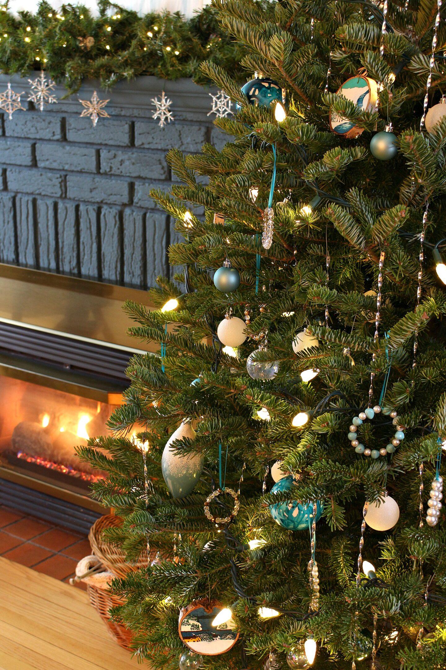 Aqua and White Christmas Tree