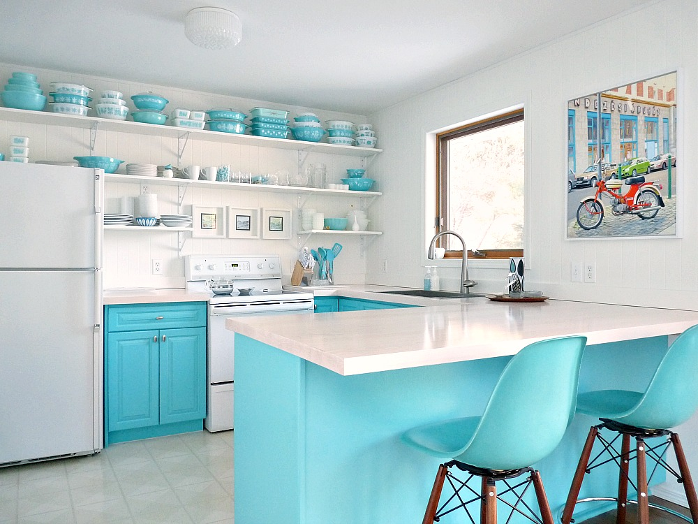 Turquoise and White Kitchen Makeover