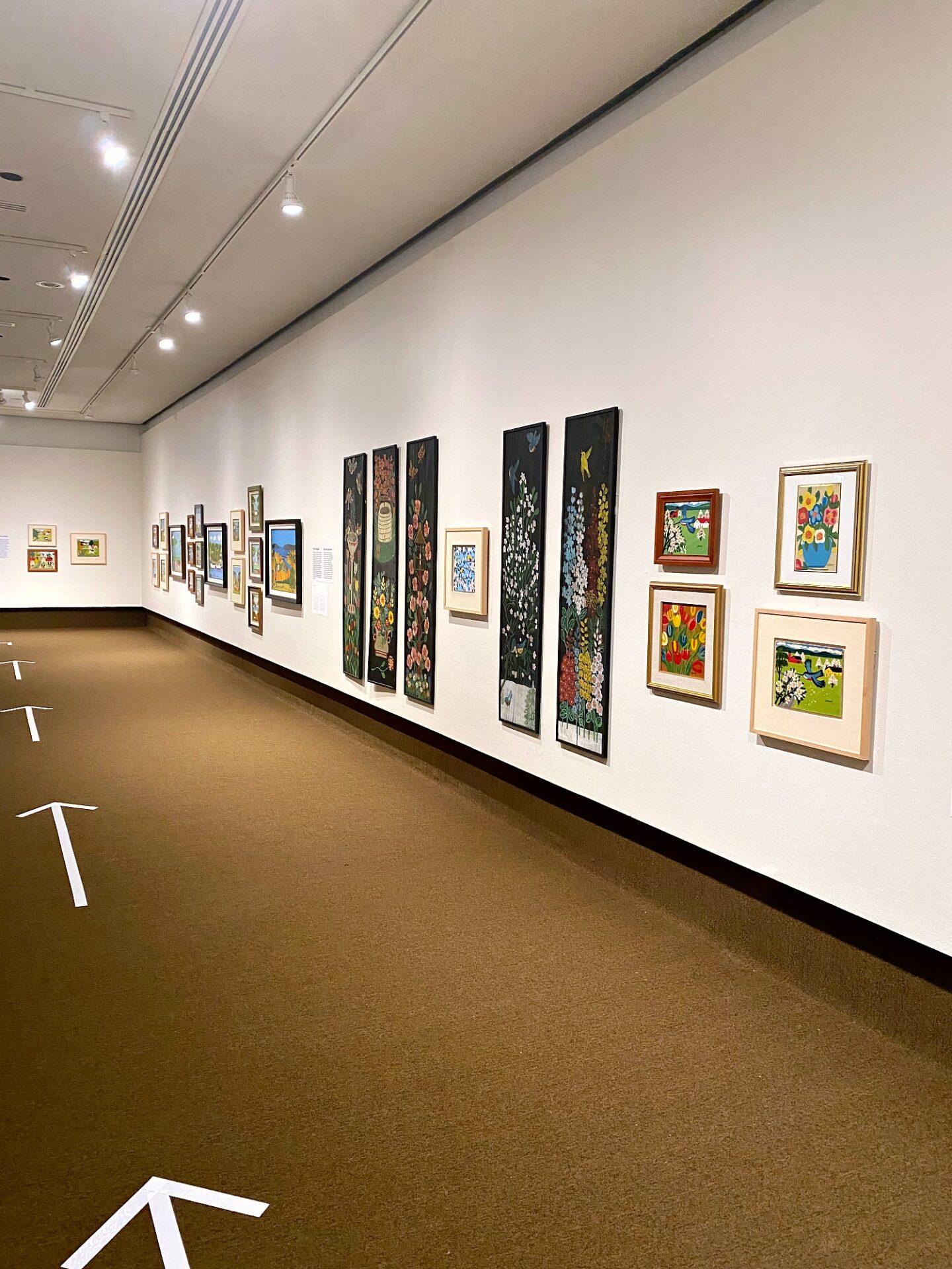 Exposition de l'artiste folk canadien Maud Lewis